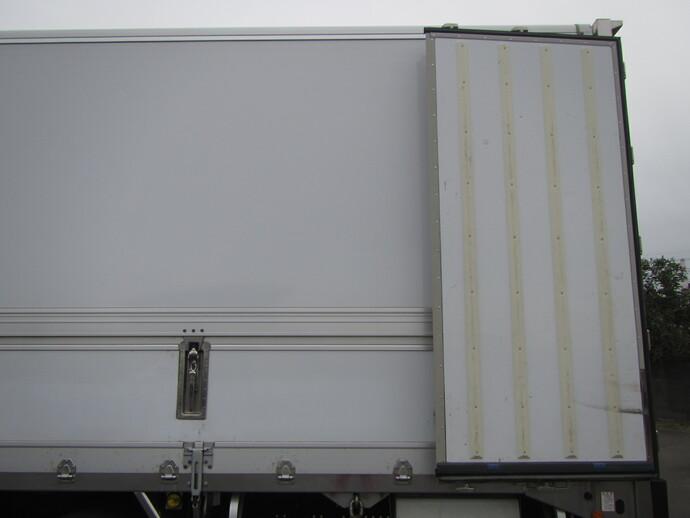 日野 プロフィア 大型 冷凍冷蔵ウィング 2PG-FW1AHG(8041) 31枚目