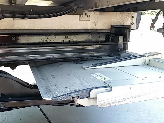 いすゞ フォワード 中型 冷凍冷蔵バン PKG-FRR90S2(8237) 15枚目