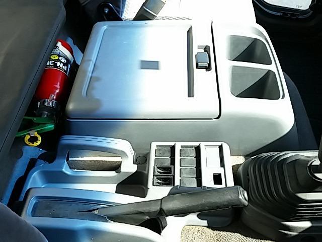いすゞ フォワード 中型 冷凍冷蔵バン PKG-FRR90S2(8237) 35枚目