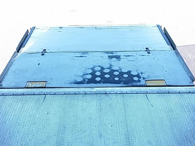 いすゞ フォワード 中型 冷凍冷蔵バン PKG-FRR90S2(8237) 9枚目