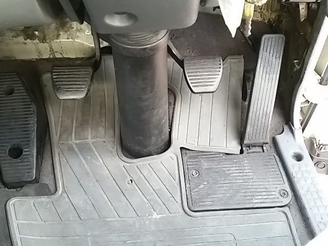 いすゞ フォワード 中型 冷凍冷蔵バン PKG-FRR90S2(8237) 25枚目