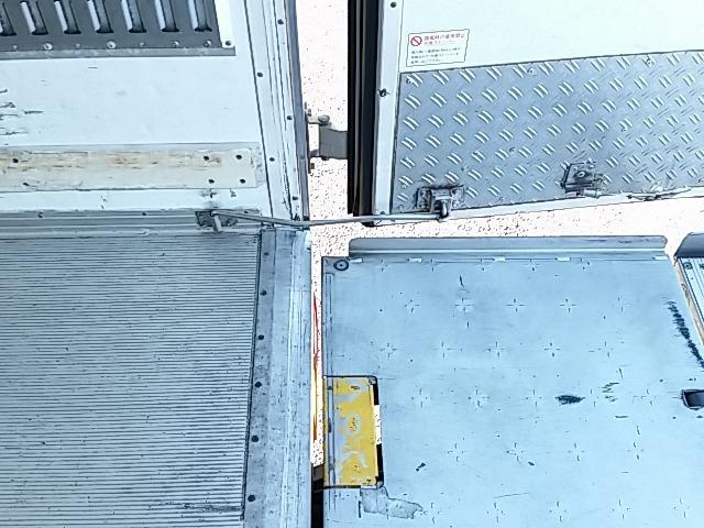 いすゞ フォワード 中型 冷凍冷蔵バン PKG-FRR90S2(8237) 67枚目