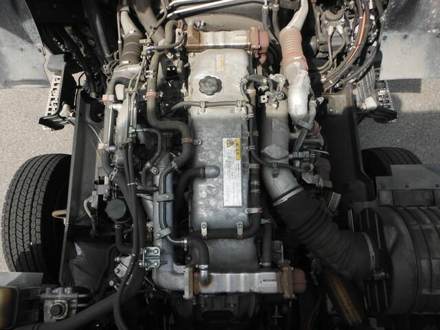 いすゞ ギガ 大型 アルミウィング QKG-CYJ77B(10257) 9枚目